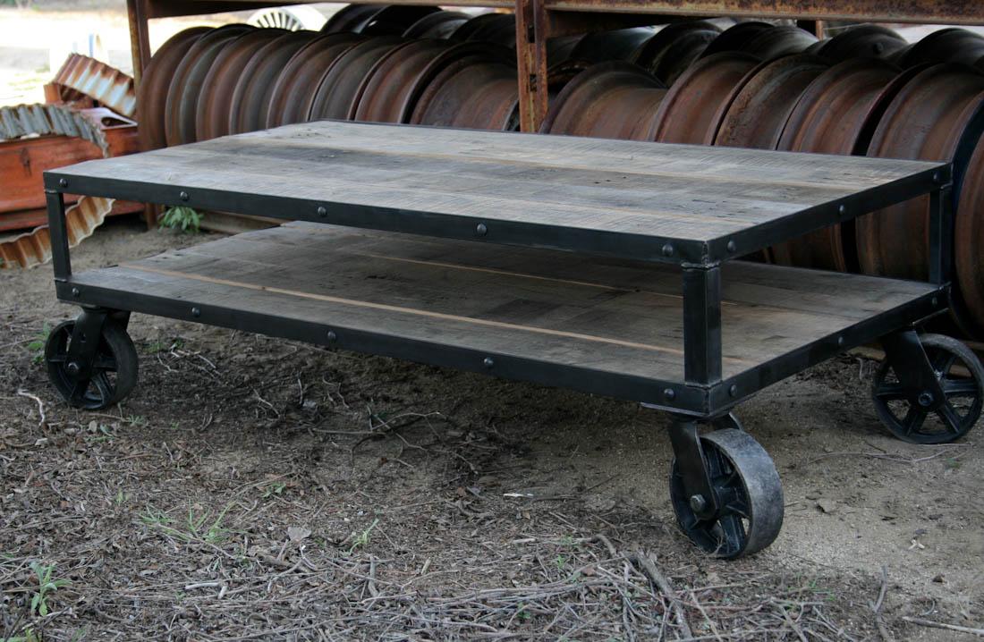 Cute Industrial Coffee Table Design Ideas